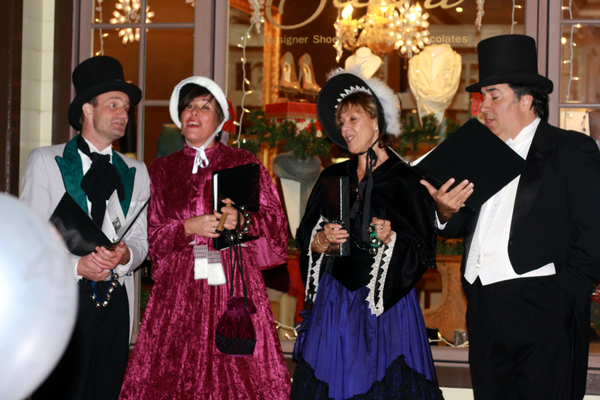 Carolers provided some holiday atmosphere and music.