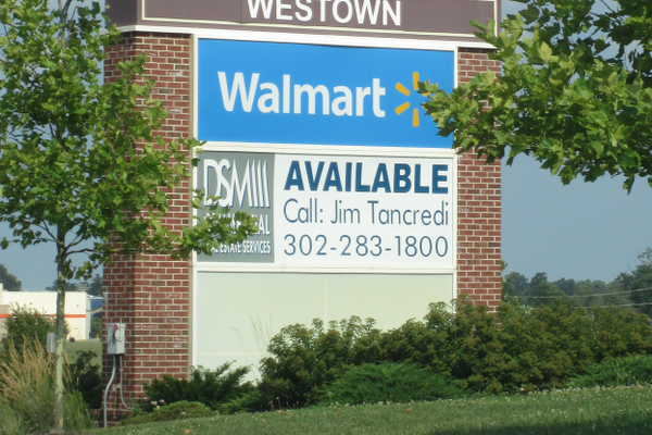 Space-available signs are a mainstay of booming Middletown.
