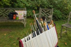 Medium paintbrushes 20small
