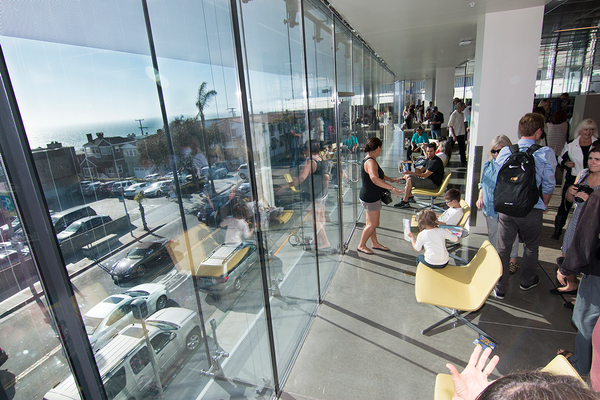 The new library has an ocean view upstairs. Photo by Brad Jacobson.