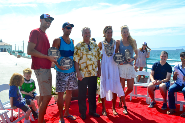 2014 AVP Manhattan Beach Open champs Phil Dalhausser, Sean Rosenthal, April Ross, and Kerri Walsh Jennings with Manhattan Beach Mayor Mark Burton