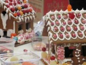 Main image gingerbread 20house1 0