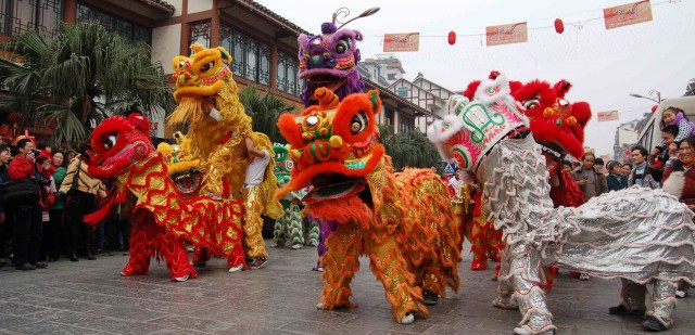 lunar new year lion dance demonstration - Chinese New Year Dragon Dance