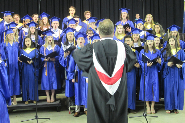 The UHS Chorale sings 'The Star Spangled Banner.'