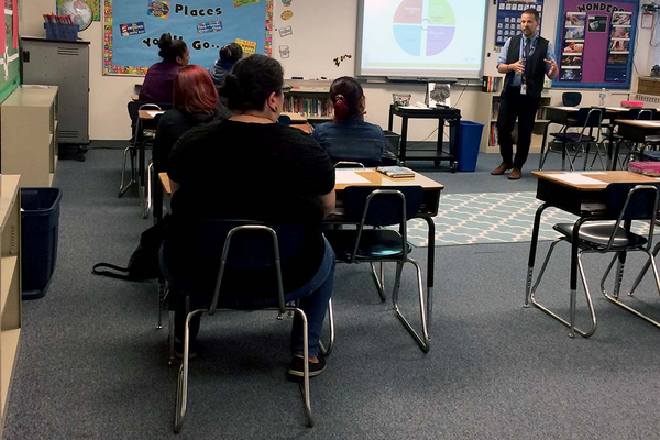 Adam Dahlberg begins his presentation for parents on Lincoln Elementary's first APTT meeting night. (Aspen Perry/City Journals)