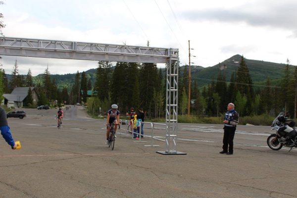A racer makes his way across the Porcupine Hill Climb finish line. (Porcupine Pub and Grill).