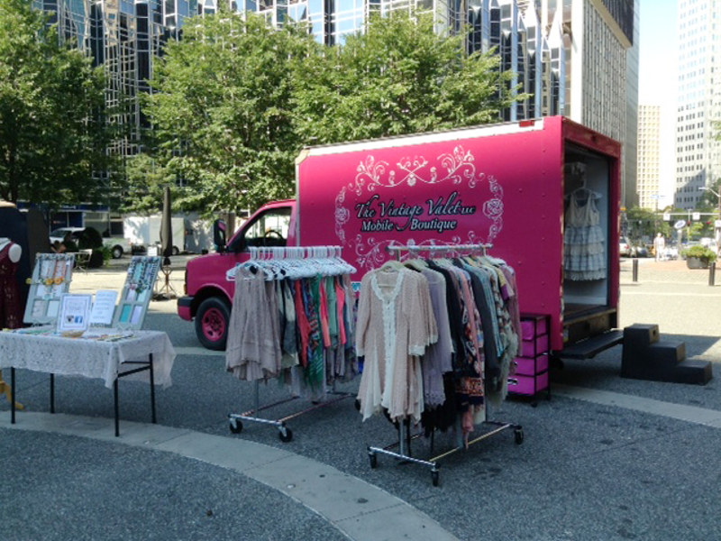 Fashion Trucks Latest Trend For Mobile Shopping North