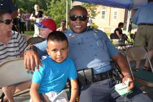 Medium police 201