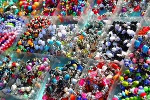Medium jewellery 354060 640
