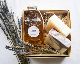 Medium tea exotics lavender and rosemary bubble bath