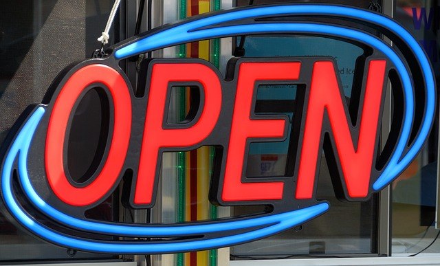 Open sign 1745436 640