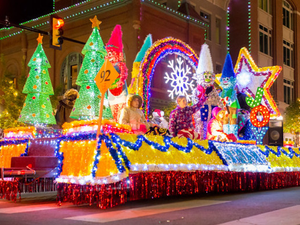 Main image 2016 20parade 20of 20lights 2091 20spjst 20lodge 20154 3 m