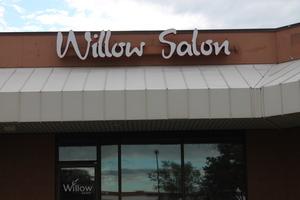 Medium willowsalon