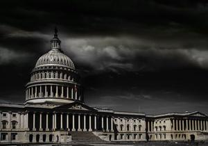 Medium us capitol in storm