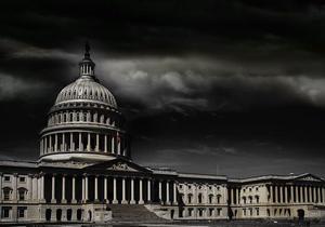 Medium us capitol in storm