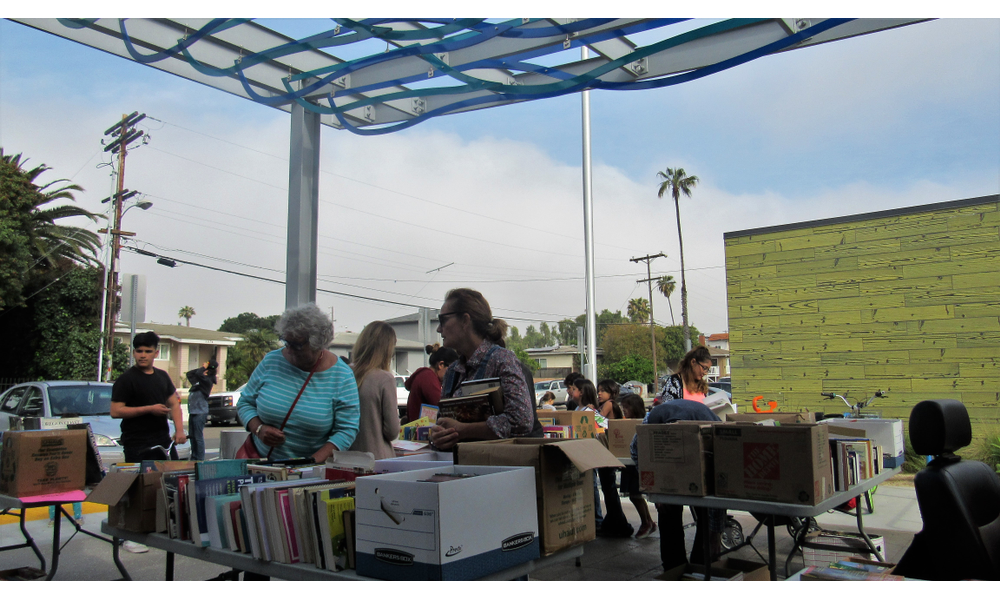 Friends Of The Imperial Beach Library Held A Book On Saay To Raise Money For Special Programs At 16 Images Click Any Image Expand