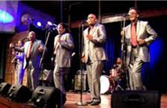 The spaniels doo wop at the mainstage theater at pheasant run