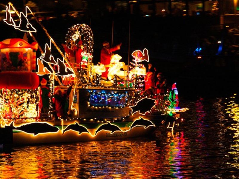 The Holiday Season Is Coming To Cape Coral Weve Put Together A List Of 12 Places Where You Can Experience The Magic Wonder And Thrill Of The Holiday
