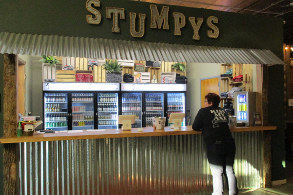 Stumpy's Hatchet House sells beer and wine for patrons who come to throw.
