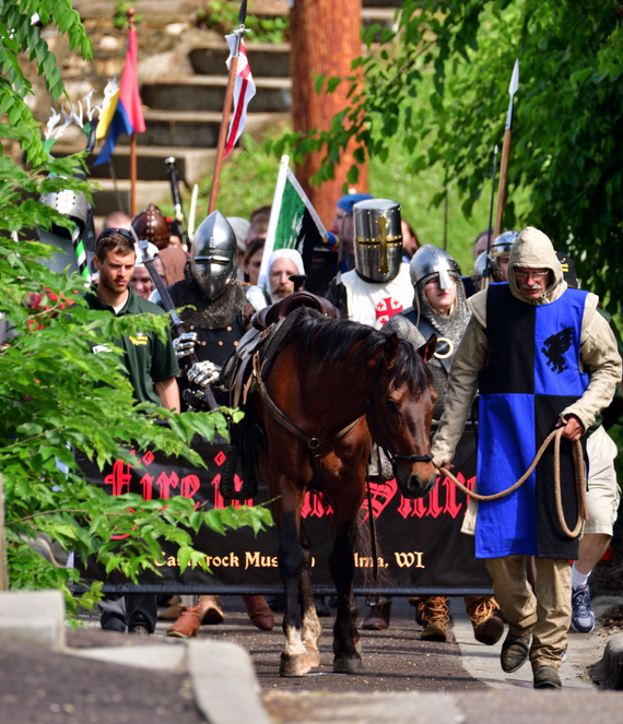 Knightly 20procession 20  20r 20conniff 20photography