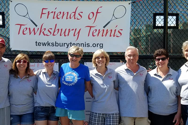 Volunteer team of Tewksbury residents plan and execute a successful tournament. (L-R) Rick Keene, Donna Keene, April McDermott, Mary MacDonald, Beth McDermott, Joe McDermott, Toby Sedgwick and Christian Panasuk