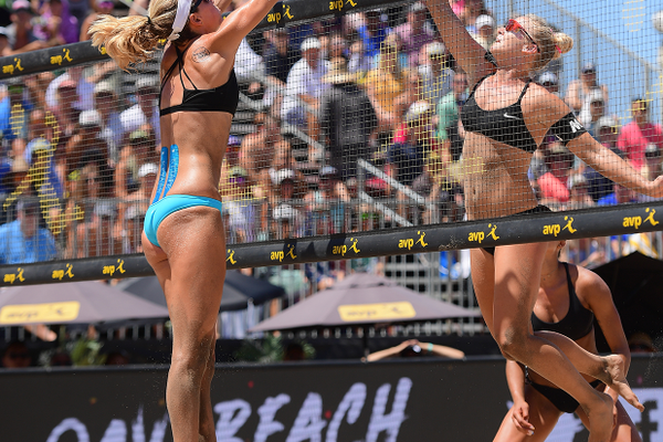 Alix Klineman and Sara Hughes. Photo credit: Robert Beck/AVP