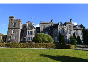 Live Like a King A Night Of Luxury In A Scottish Castle