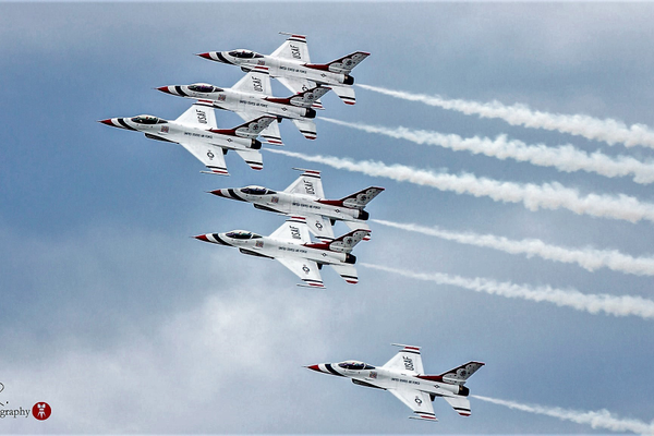 Usaf 20thunderbirds photo 20by 20j.r. 20garcia patrice 02 20 2