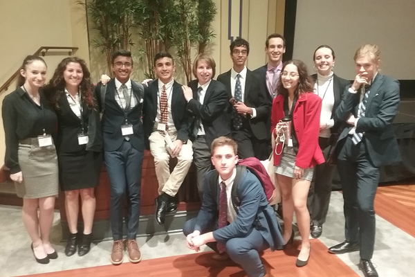 Fox Chapel Students Win Awards at Model UN Conference