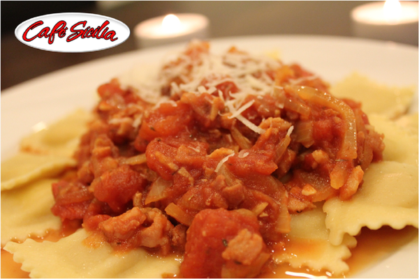 Cheese 20ravioli 20with 20all  20amatriciana 20sauce 201500 20x 201000