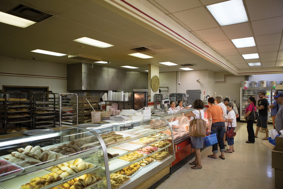 There are plenty of hot lunch options at Jacobo's Grocery on 24th Street.