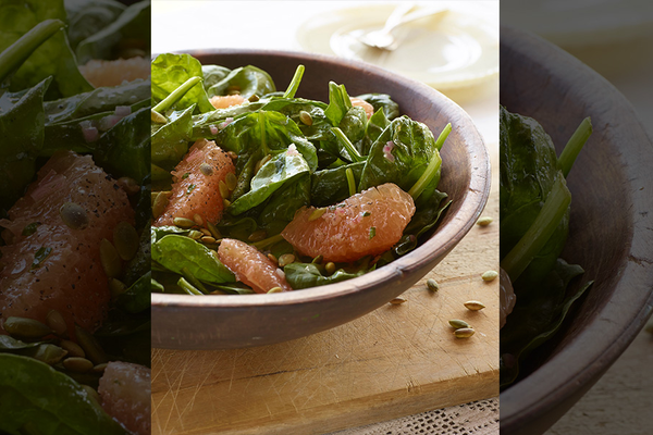 Spinach and Grapefruit Salad with Toasted Pumpkin Seeds