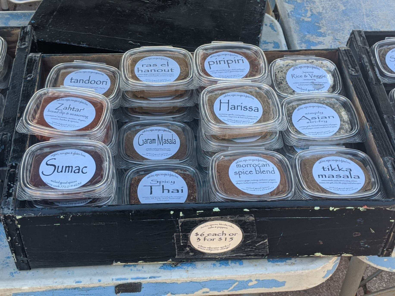 Wicked Good Spices, Bread Dips & Seasonings at the Ft Pierce Farmers Market