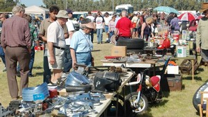 Medium swap meet car parts 620x350