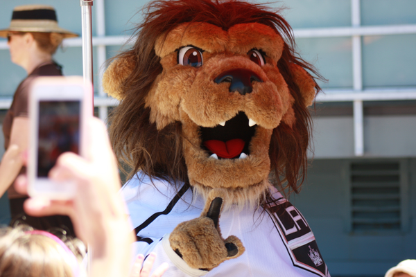 Los Angeles Kings mascot Bailey was on hand to remind folks that his team is No. 1.